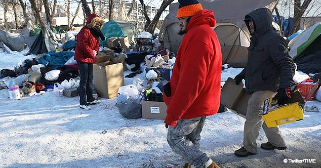 Good Samaritan pays for 70 homeless people to stay in a hotel amid Chicago's deadly freeze