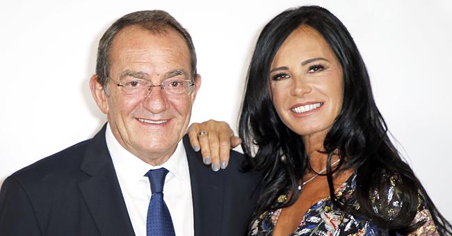 Jean-Pierre Pernaut et son épouse Nathalie s'amusent avec Karine Le Marchand en vacances