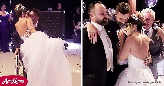 """Conmovedor instante en que hombre en silla de ruedas se """"levanta"""" para bailar con su novia"""