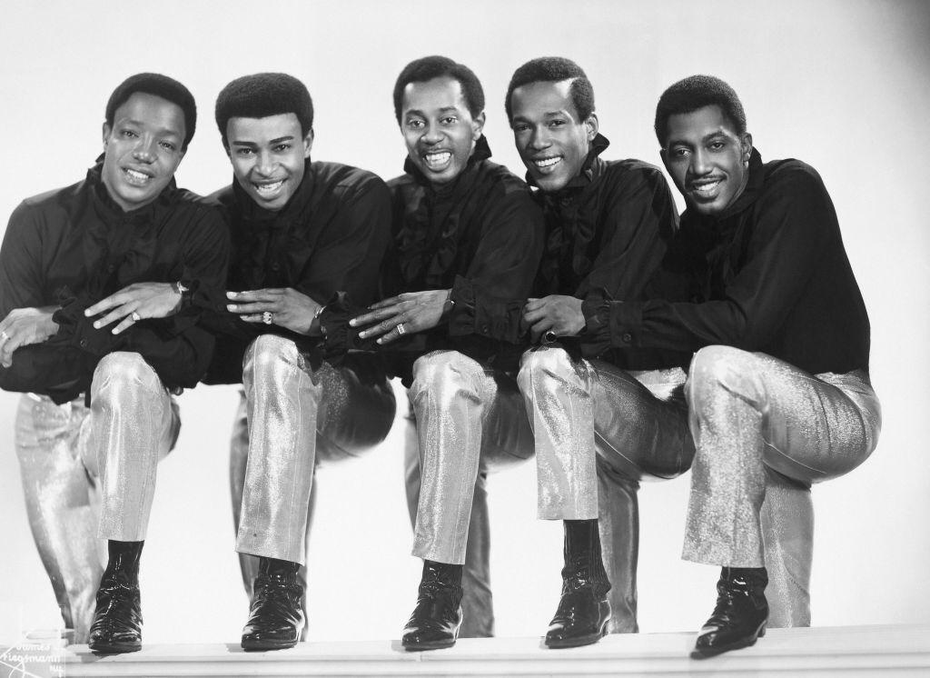 """Eddie Kendricks, Paul Williams, Melvin Franklin, David Ruffin and Otis Williams of the R&B group """"The Temptations"""" pose for a portrait in 1965 in New York City   Photo: Getty Images"""