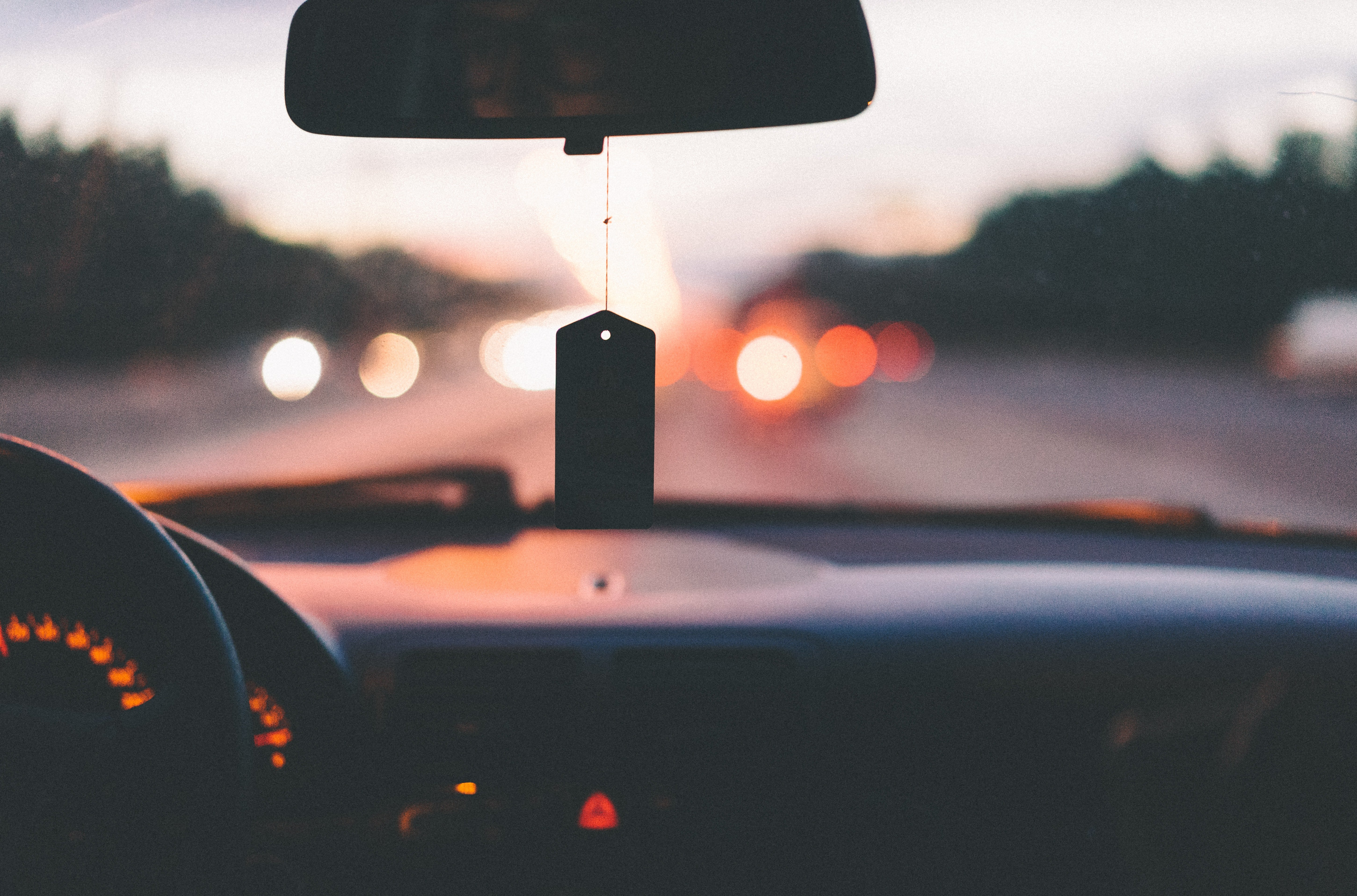 Annette drove us to a place outside town. | Source: Unsplash