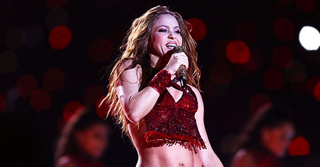 Shakira Goes Red with Hair Color and Reminds Fans So Much of Her 2000s Looks