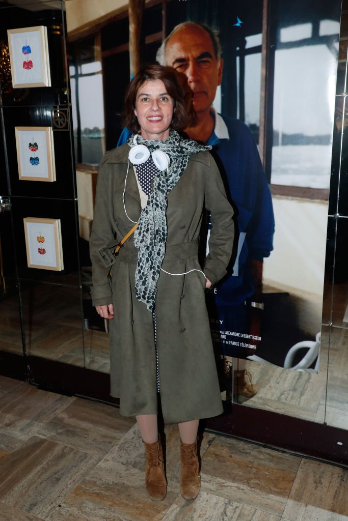 Irene Jacob assiste à l'Hommage à Jacques Deray, au Théâtre Antoine le 5 novembre 2018 à Paris, France. | Photo : Getty Images