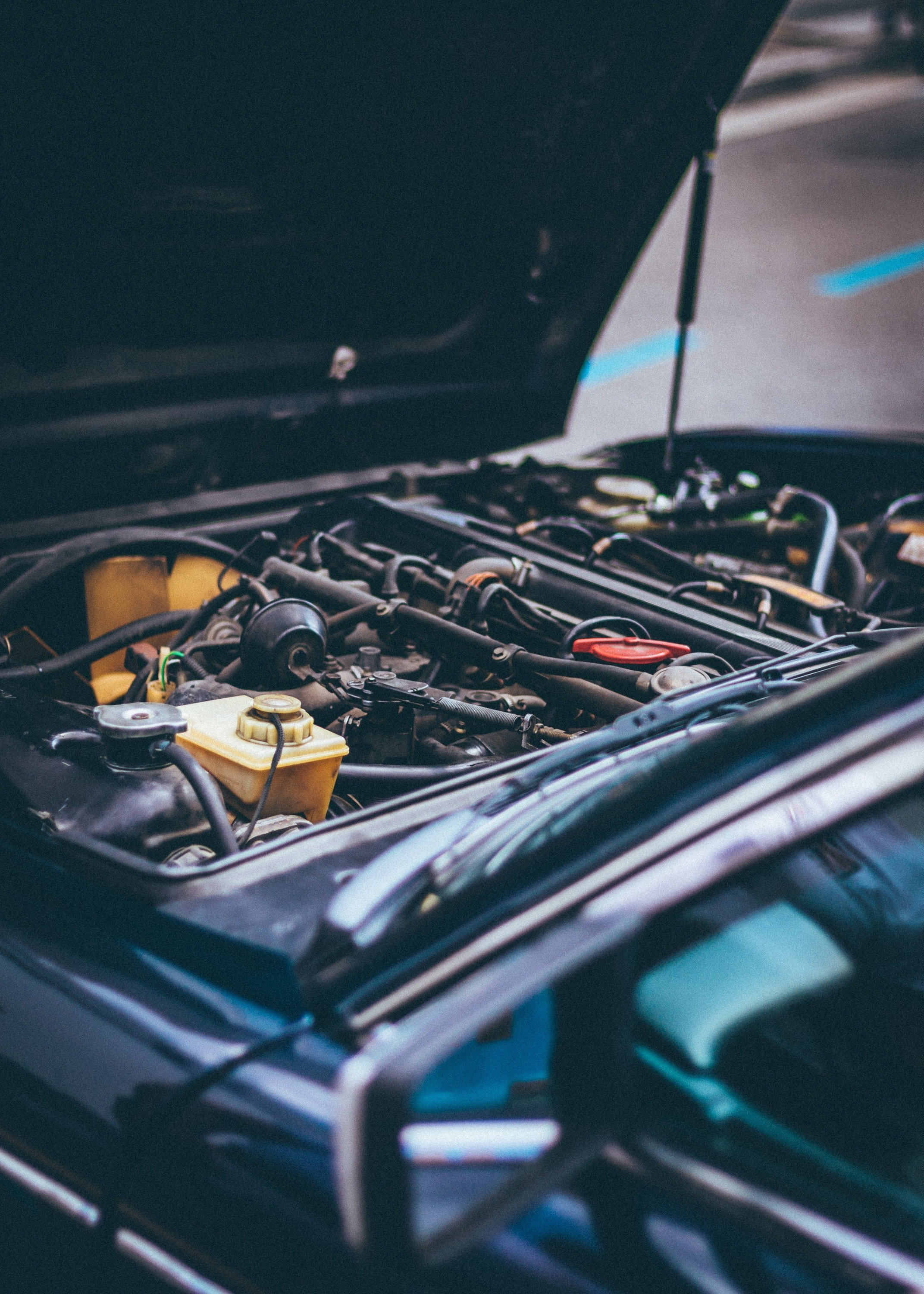 A close-up of a car engine. | Photo: Pexels/George Sultan