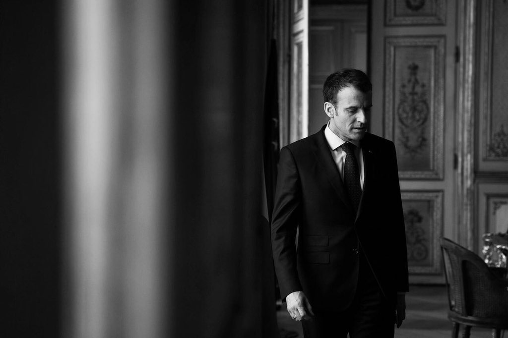 Emmanuel Macron à l'Elysée   Photo: Twitter/Soazig de la Moissonnière