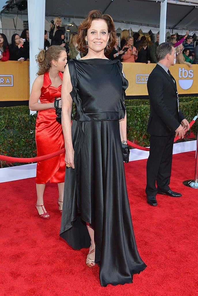 Sigourney Weaver arrives at the 19th Annual Screen Actors Guild Awards held at The Shrine Auditorium  | Getty Images