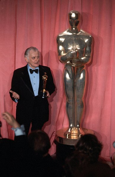 Art Carney during the 47th Academy Awards at Dorothy Chandler Pavilion in Los Angeles, California. | Photo: Getty Images