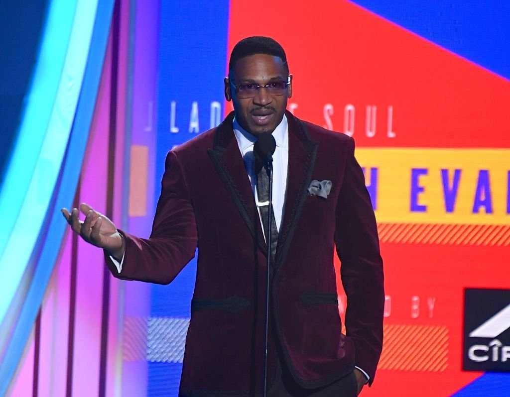 Record producer Stevie J speaks onstage during the 2018 Soul Train Awards in Las Vegas, Nevada. | Photo: Getty Images
