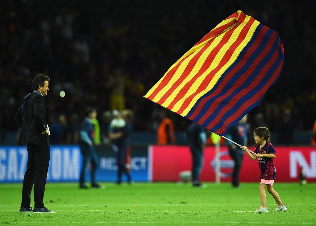 Luis Enrique y su hija Xana en la final de la UEFA Champions League en el Olympiastadion el 6 de junio de 2015 en Berlín, Alemania. | Imagen: Getty Images