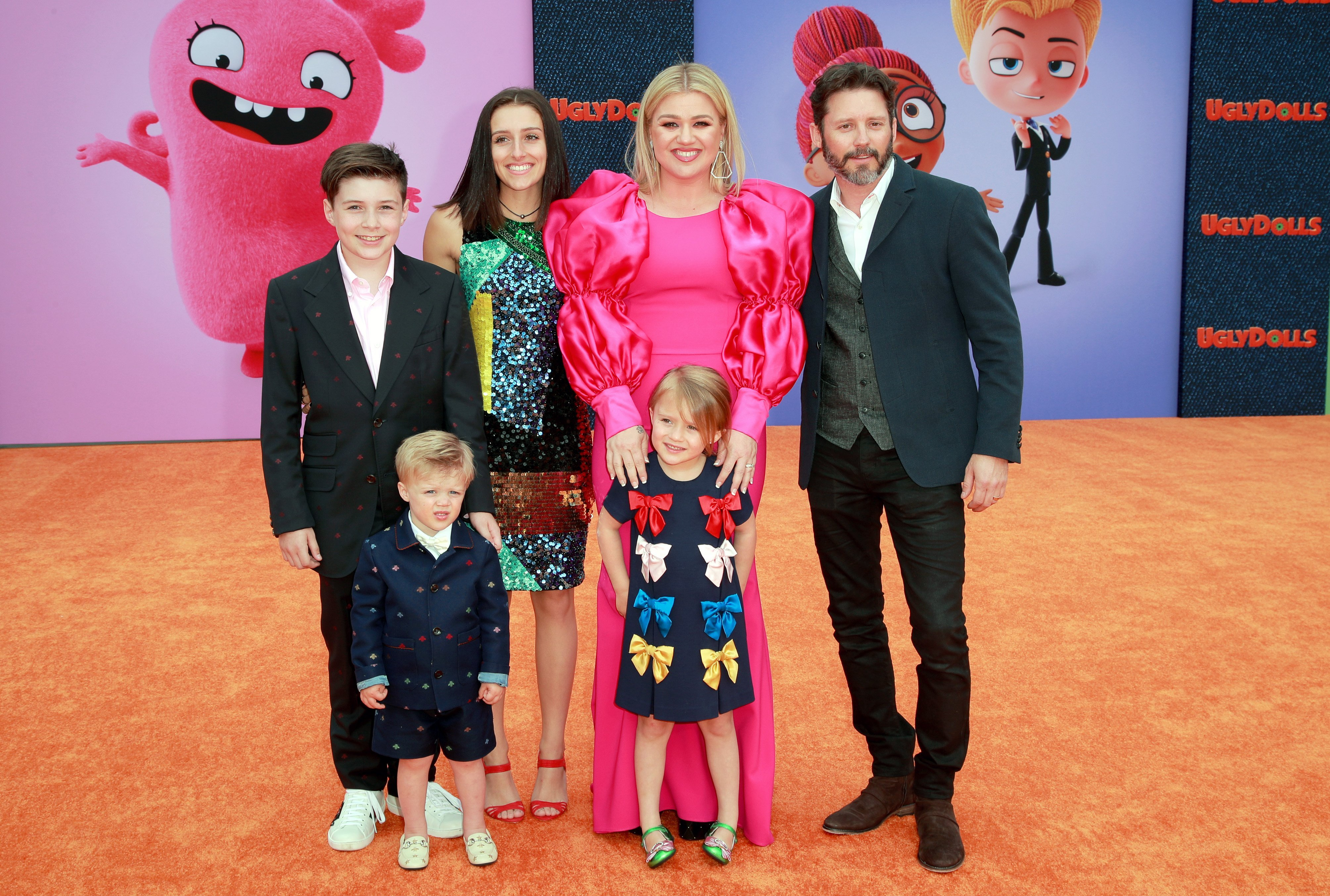 """Kelly Clarkson with husband Brendon Blackstock, daughters River Rose Blackstock and Remington Alexander Blackstock, and stepchildren Seth and Savannah Blackstock at the premiere of """"UglyDolls"""" in Los Angeles on April 27, 2019 