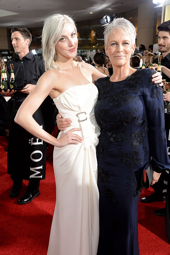 Annie Guest and actress Jamie Lee Curtis at the 73rd Annual Golden Globe Awards on January 10, 2016   Photo: Getty Images