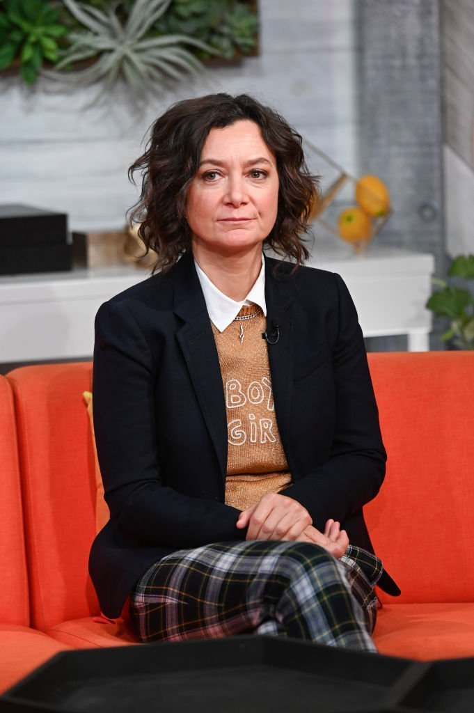 """Actress Sara Gilbert visits BuzzFeed's """"AM To DM"""" on September 19, 2019 in New York City. 