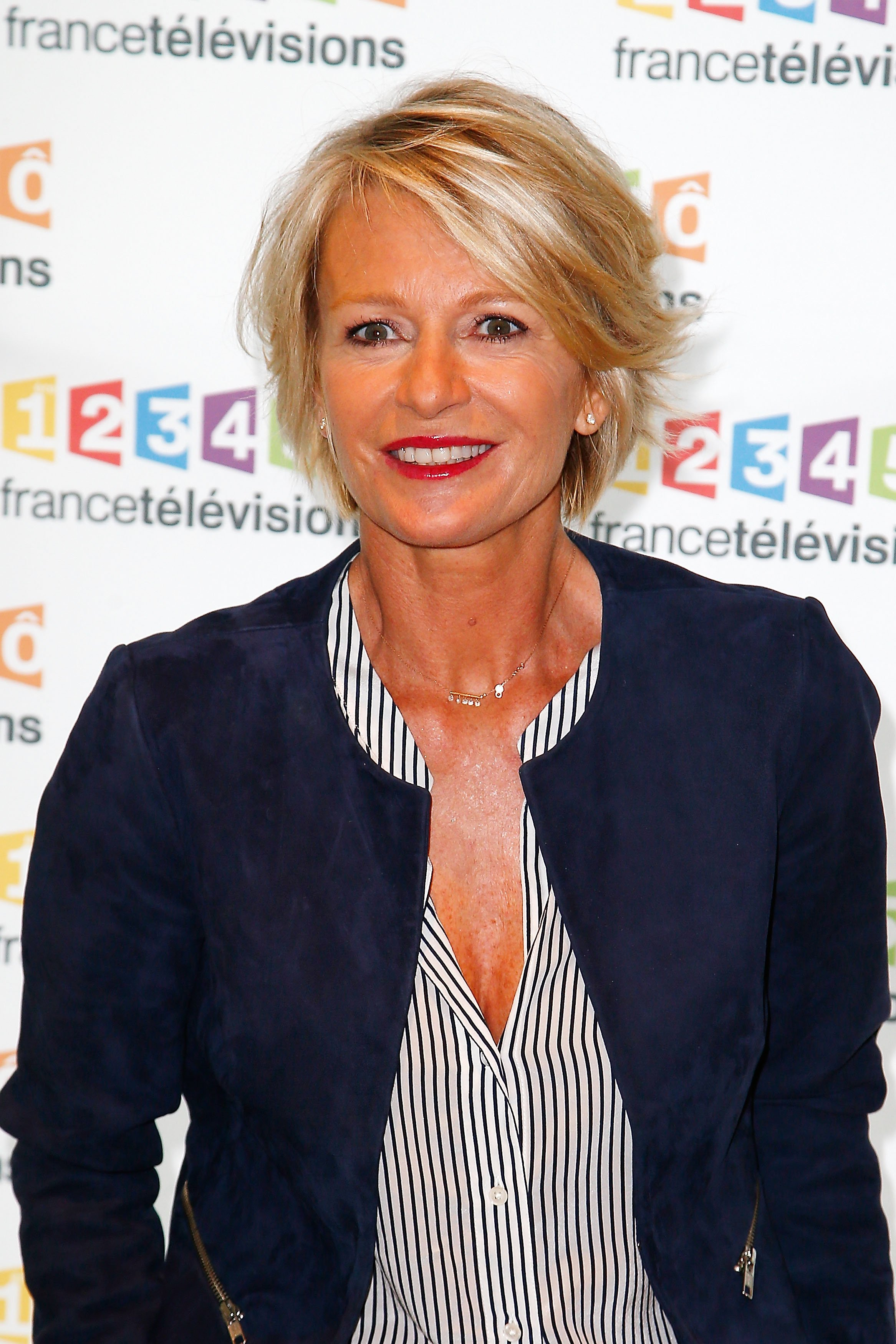 Sophie Davant lors de la conférence de presse du Telethon 2015 à France Télévision le 4 novembre 2015 à Paris, France. | Photo : Getty Images