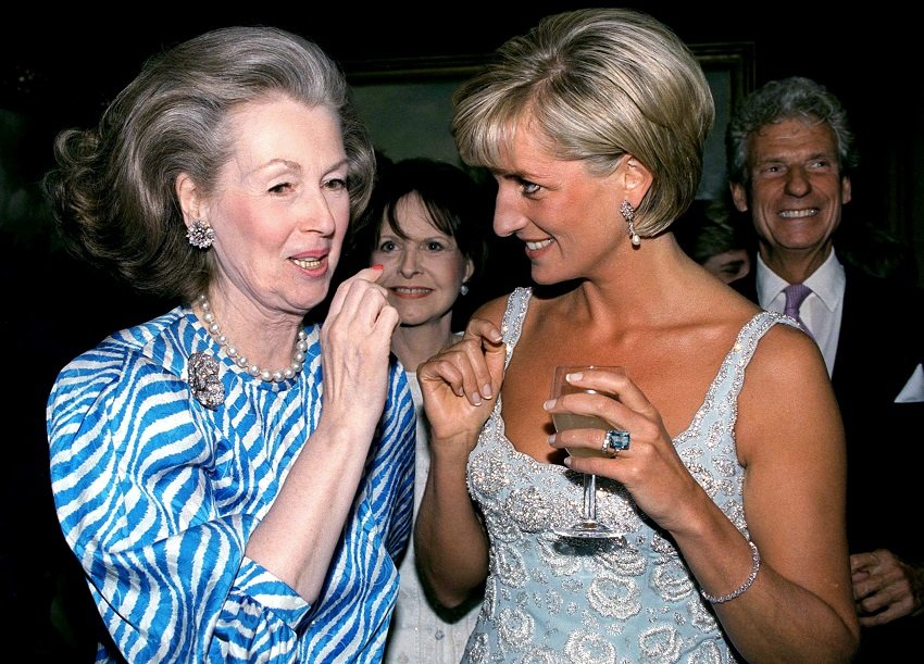 Raine Spencer and Princess Diana in June 1997 in London, UK | Photo: Getty Images/Global Images