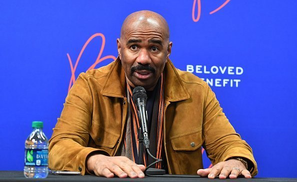 Steve Harvey at 2019 Beloved Benefit at Mercedes-Benz Stadium on March 21, 2019 | Photo: Getty Images