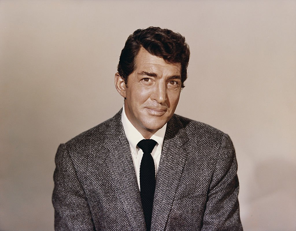 American singer, actor and comedian Dean Martin (1917 - 1995), circa 1960.   Source: Getty Images