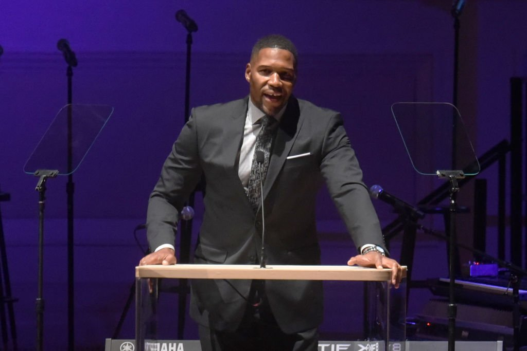 Michael Strahan speaks onstage during the 2018 GOOD+ Foundation's Evening of Comedy + Music Benefit, presented by Samsung Electronics America at Carnegie Hall | Photo: Getty Images