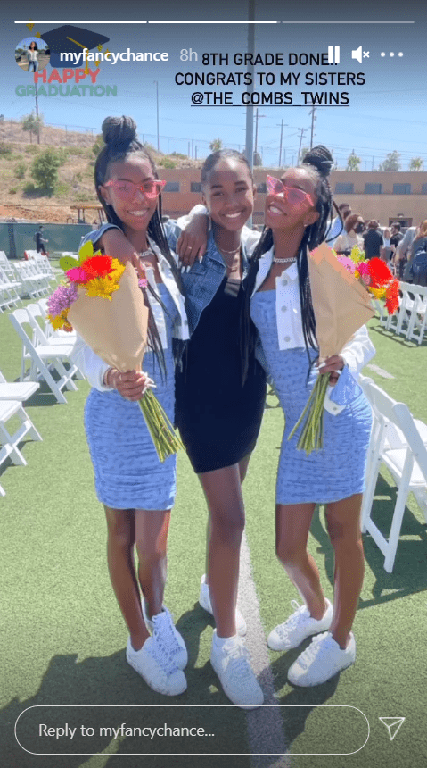 Chance Combs poses alongside sisters D'Lila and Jessie Combs at their middle school graduation. | Photo: Instagram/@myfancychance