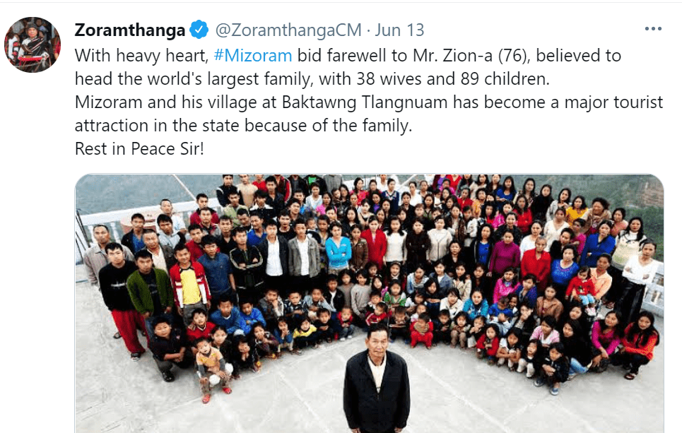 Pictured - Ziona Chana poses along with his big family with him front and center | Source: Twitter/@ZoramthangaCM