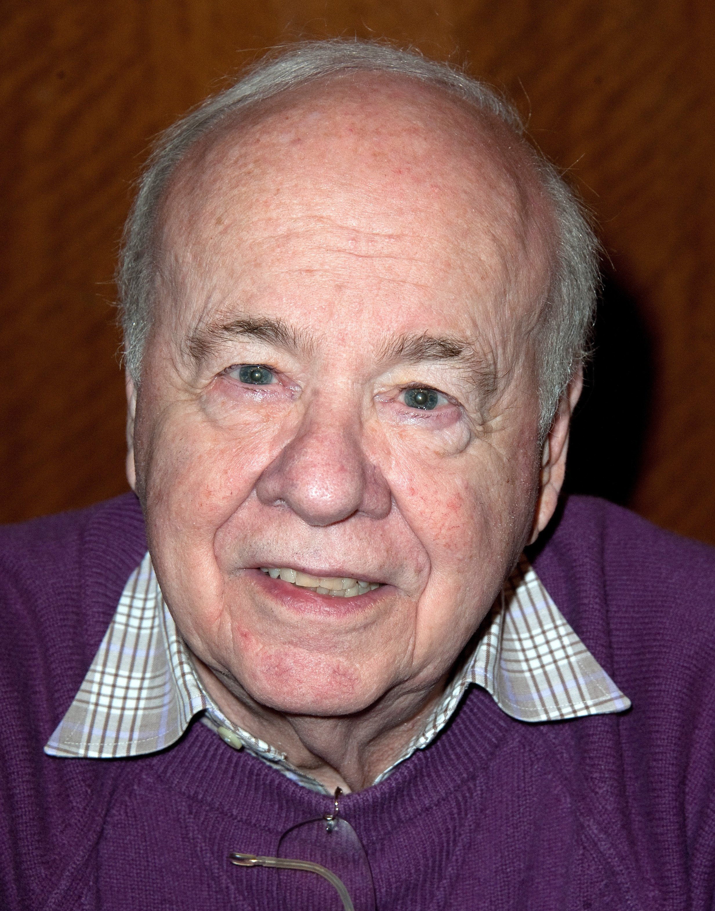 Tim Conway attending the The Hollywood Show at Lowes Hollywood Hotel | Photo: Getty Images