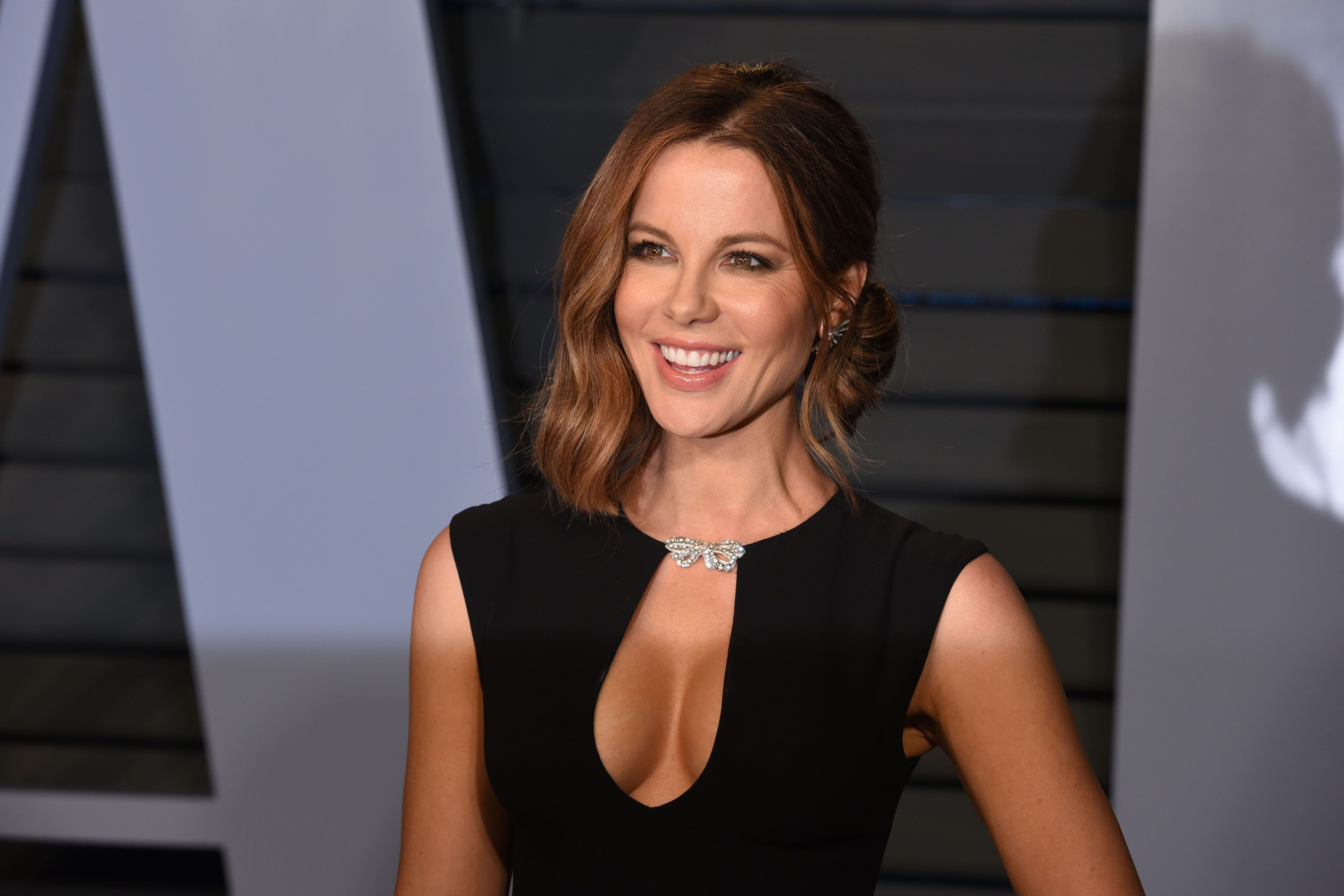 Kate Beckinsale at the 2018 Vanity Fair Oscar Party in Beverly Hills   Source: Getty Images