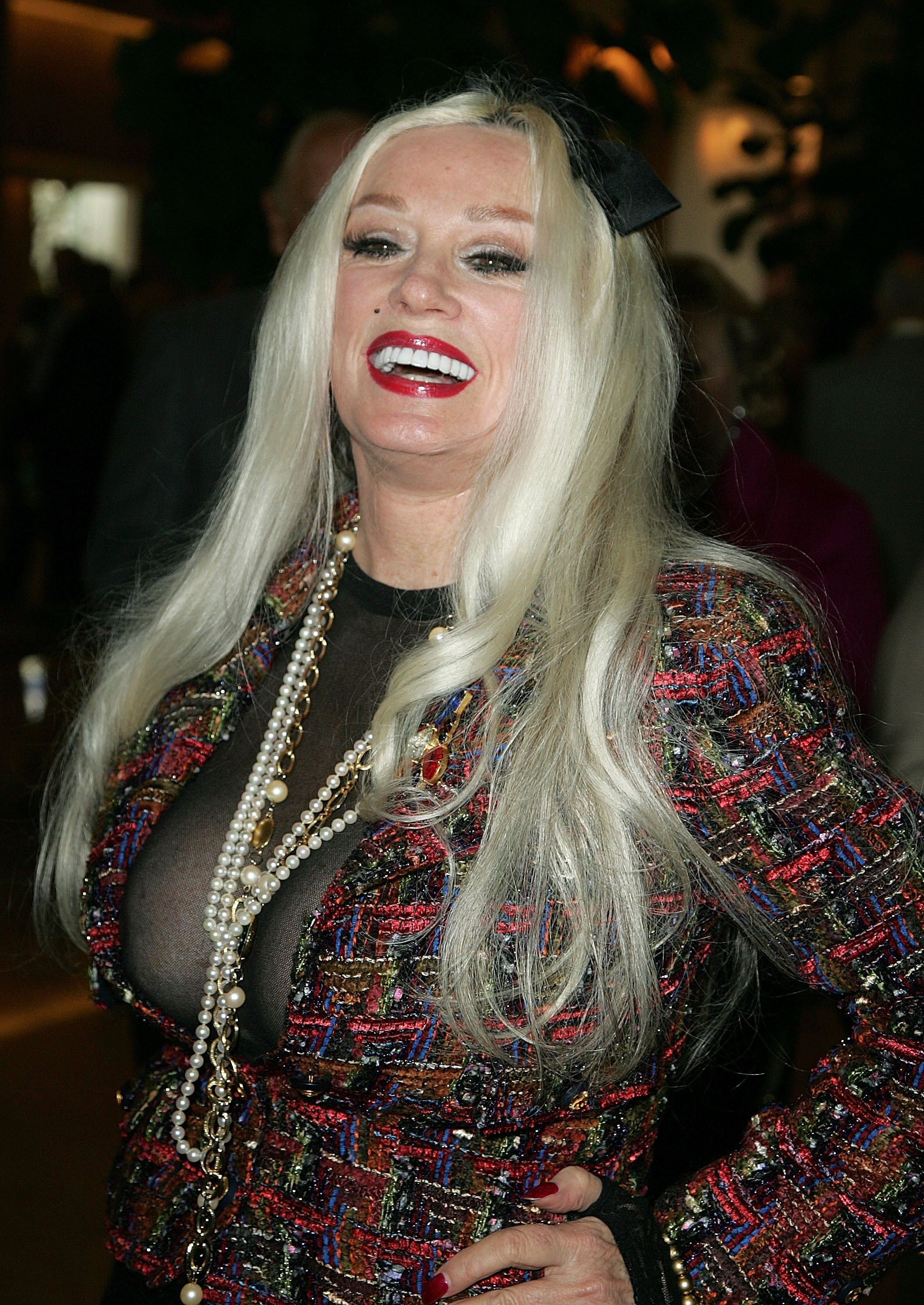 Mamie Van Doren attends a tribute to Mary Tyler Moore at the Beverly Hilton Hotel on March 16, 2008 in Beverly Hills, California | Photo: Getty Images