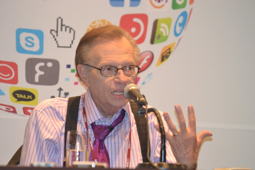 Larry King. | Source: Wikimedia Commons
