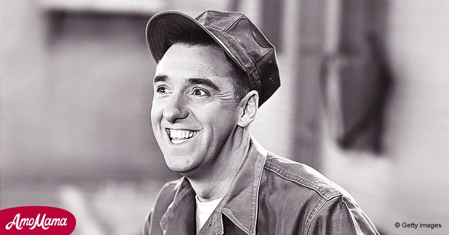 Jim Nabors On Gomer Pyle Usmc A Look Back At Late Actor S Role In The Hilarious 60s Sitcom Jim nabors marries partner stan cadwallader in seattle. jim nabors on gomer pyle usmc a