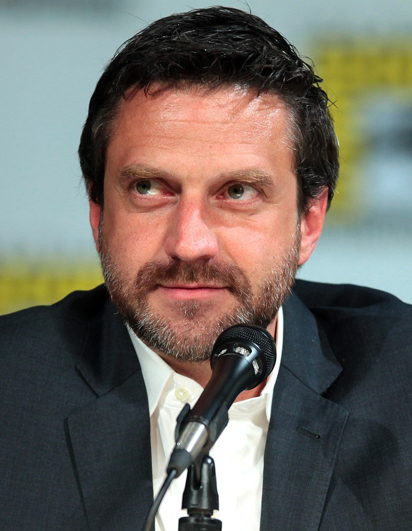 """Raúl Esparza speaking at the 2014 San Diego Comic Con International, for """"Hannibal"""", at the San Diego Convention Center 