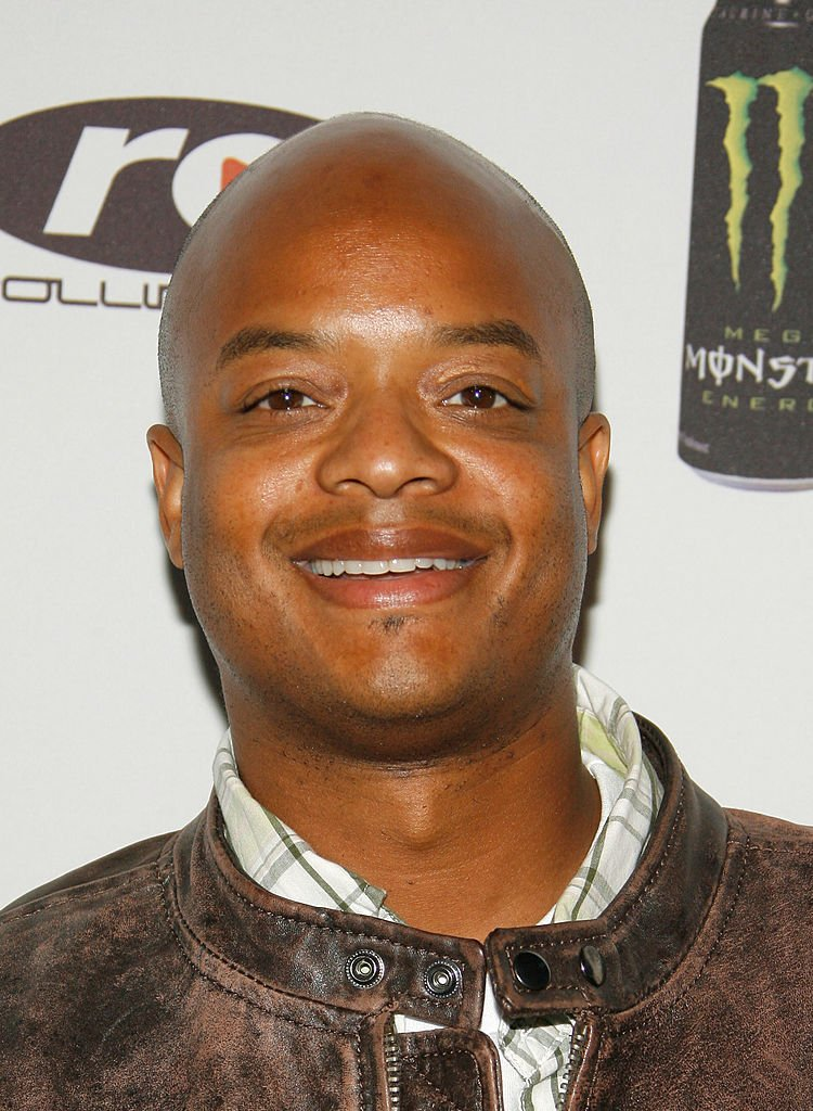 Actor Todd Bridges poses for photographers at the Urban Health Institutes second annual celebrity poker championship held at the Playboy Mansion | Photo: Getty Images