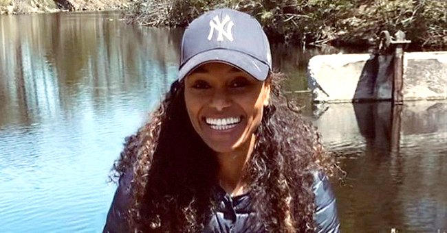 Tyler Perry's Ex-girlfriend Gelila Bekele Rocks a Red Bonnet during Holiday in Snowy Mountains