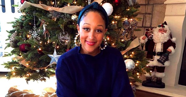 Tamera Mowry & Her Daughter Melt Hearts as They Pose Together in Front of Christmas Tree in Pic