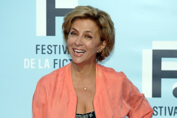 Corinne Touzet assiste à la photocall de la cérémonie d'ouverture du 21e Festival de fiction TV à La Rochelle: premier jour le 11 septembre 2019 à La Rochelle, France. | Photo : Getty Images