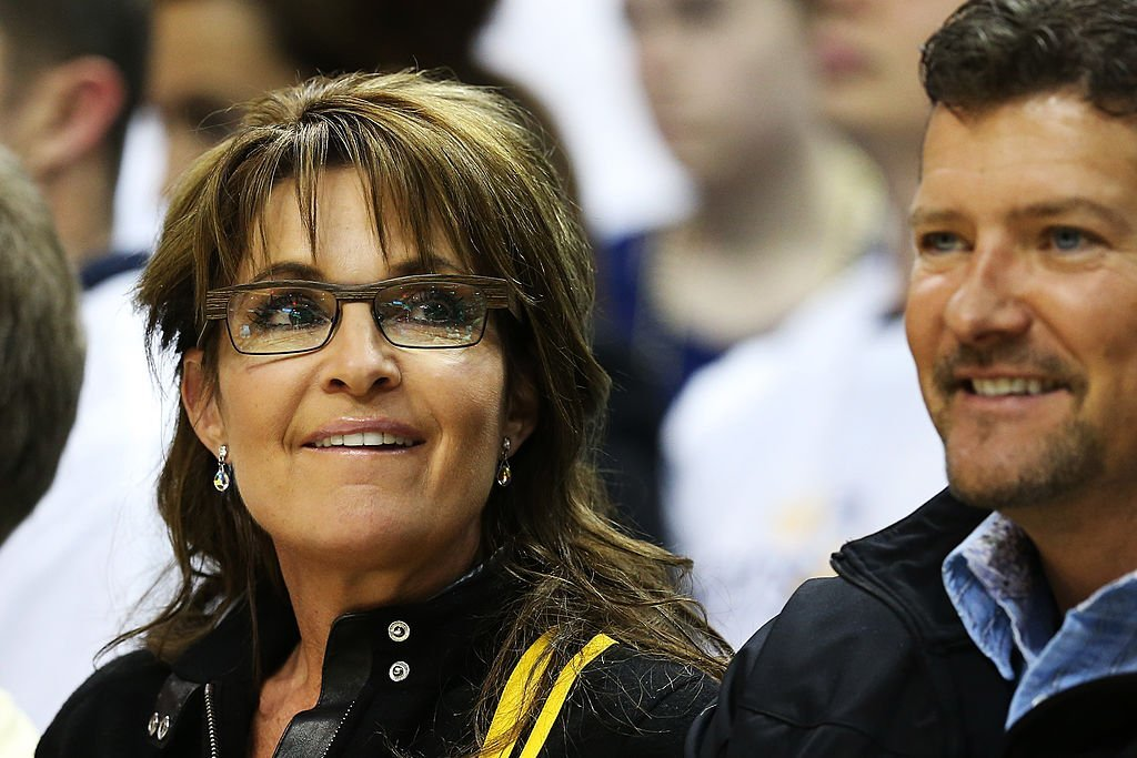 Former Governor of Alaska Sarah Palin and her husband Todd attend Game Three of the Eastern Conference Finals between the Indiana Pacers and the Miami Heat at Bankers Life Fieldhouse on May 26, 2013. | Photo: Getty Images