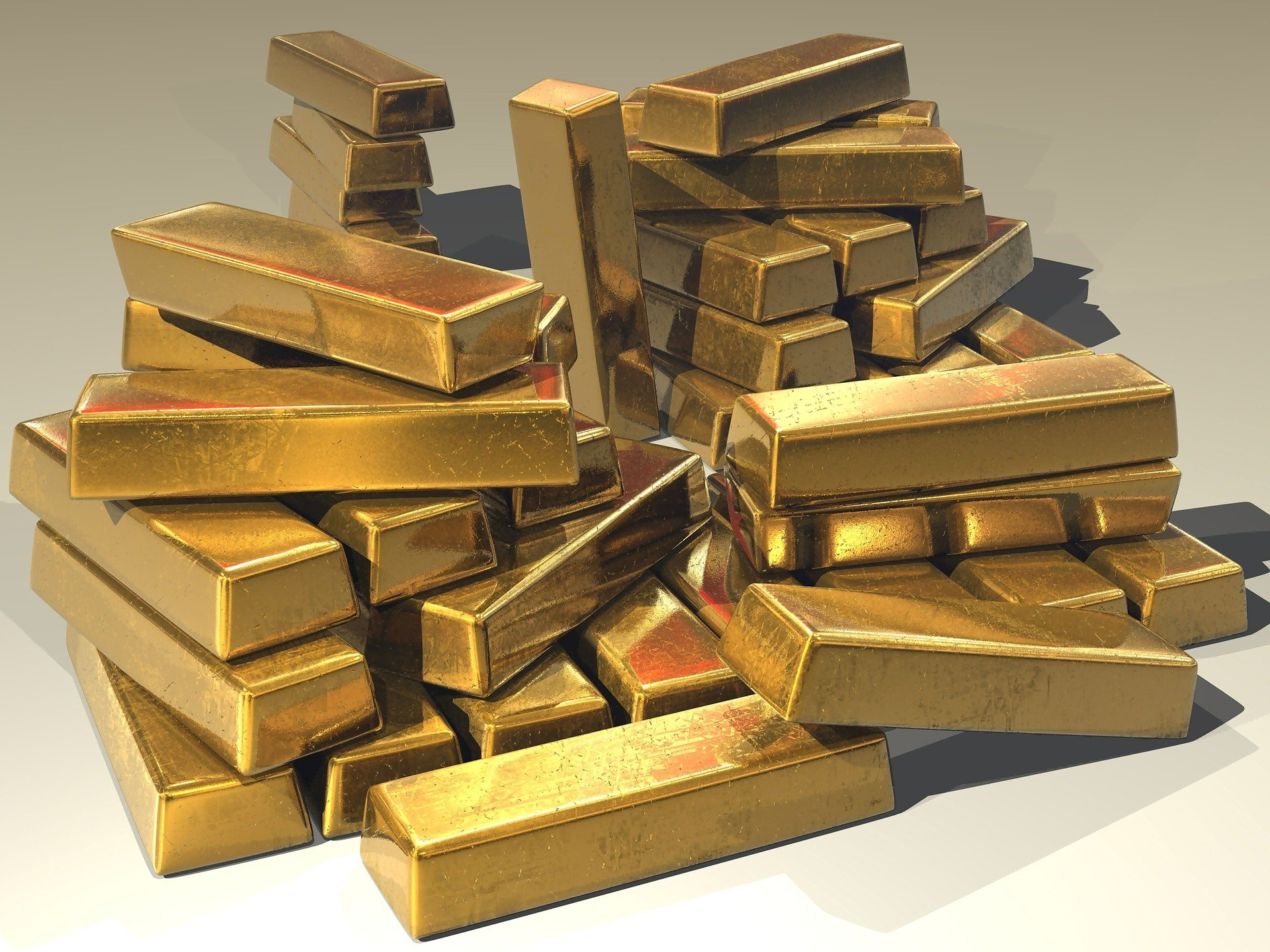 The thief had hopes that they would find a big pile of gold!   Photo: Pixabay/Steve Bidmead