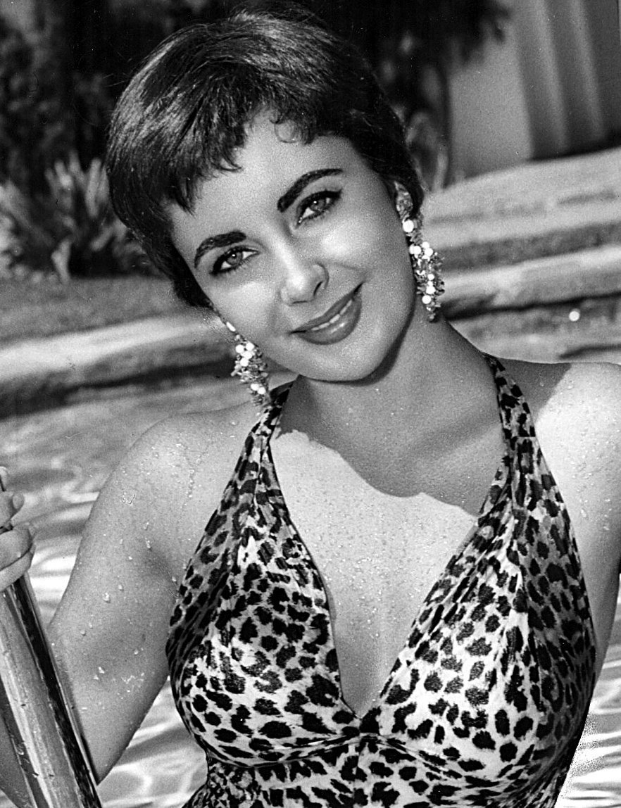 """Elizabeth Taylor in film """"The Last Time I Saw Paris."""" 