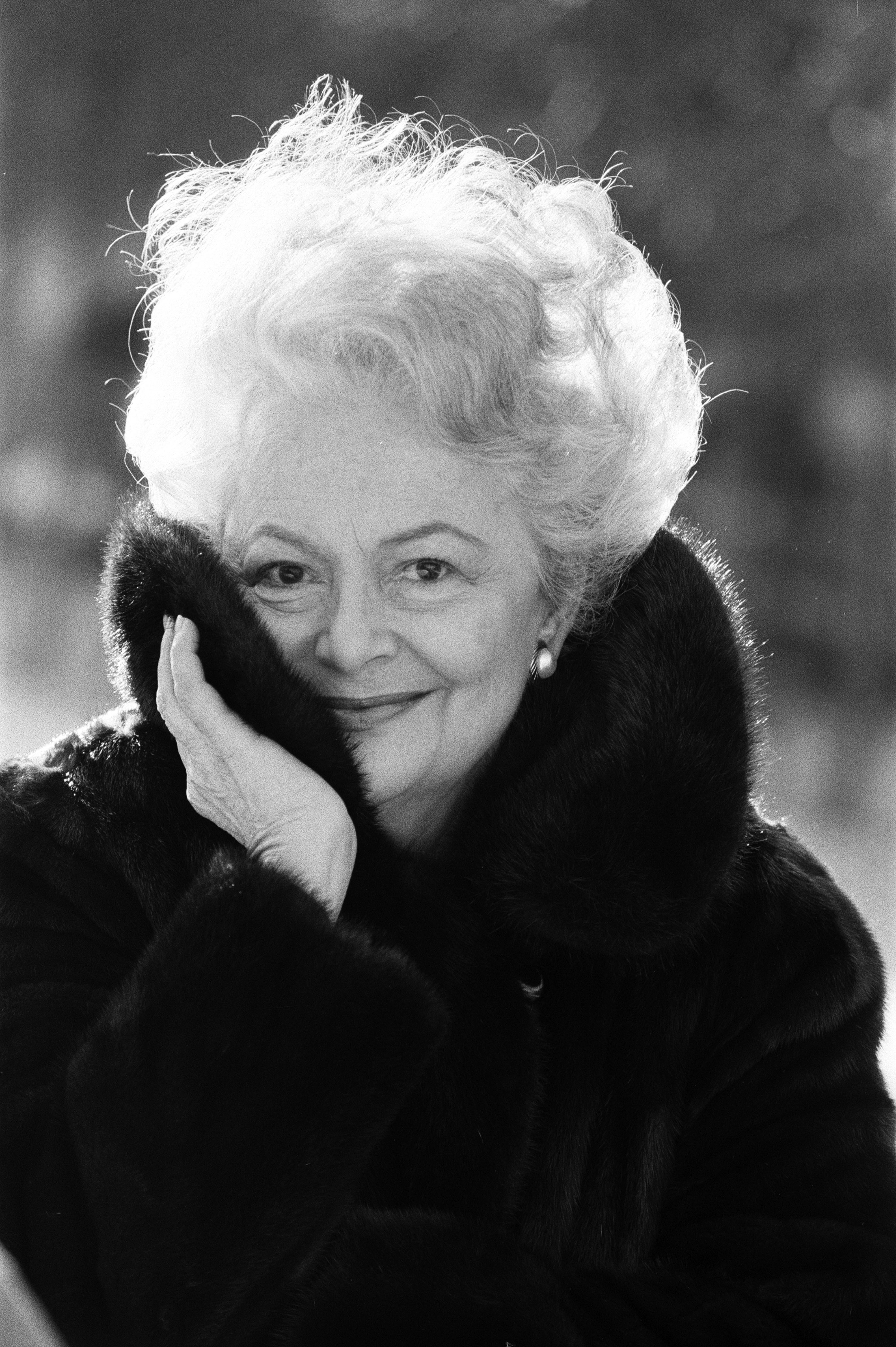 "Legendary ""The Heiress"" and ""To Each His Own"" actress Olivia de Havilland near her home in Paris, 10th December 1987, France 