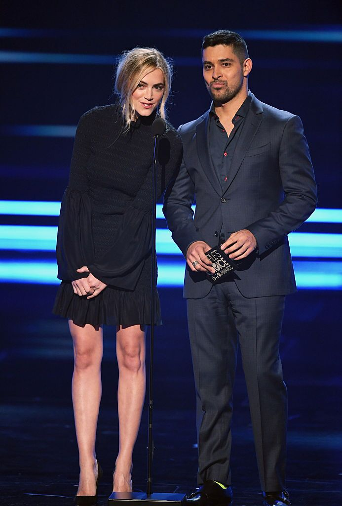 Emily Wickersham and Wilmer Valderrama speak onstage during the People's Choice Awards 2017 at Microsoft Theater on January 18, 2017 in Los Angeles, California. | Source: Getty Images