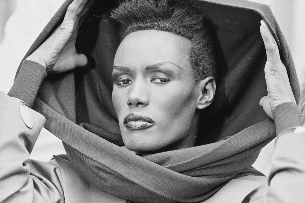 Jamaican singer and actress Grace Jones posed at a press call to promote the James Bond film 'A View to a Kill' in London on 14th June 1985 | Photo: Getty Images