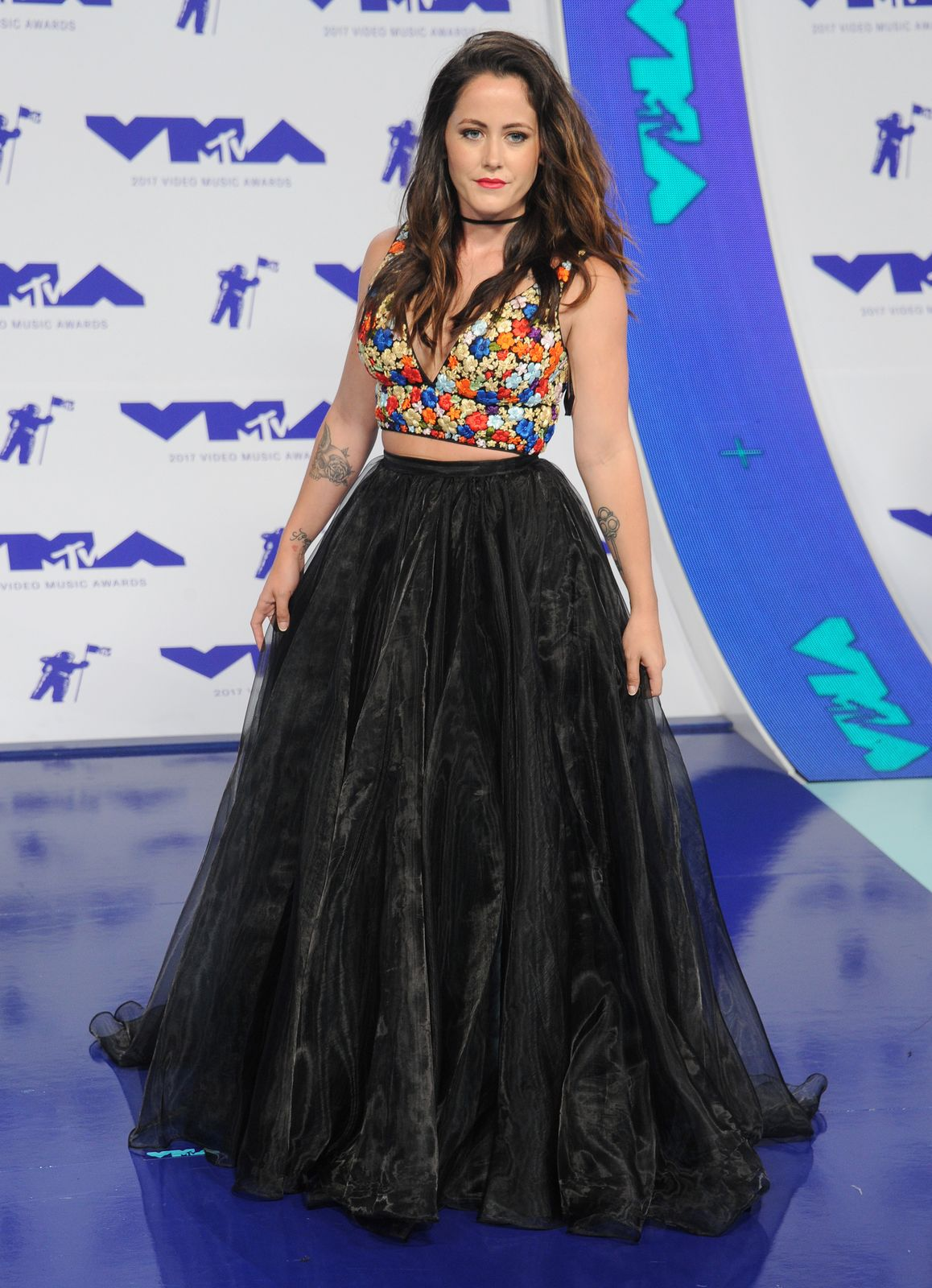 Jenelle Evans arrives at the 2017 MTV Video Music Awards at The Forum on August 27, 2017 in Inglewood, California | Photo: Getty Images