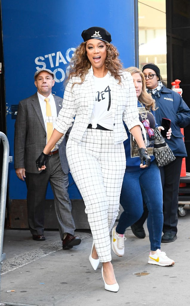 Model Tyra Banks is seen leaving Good Morning America on February 24, 2020 | Photo: Getty Images
