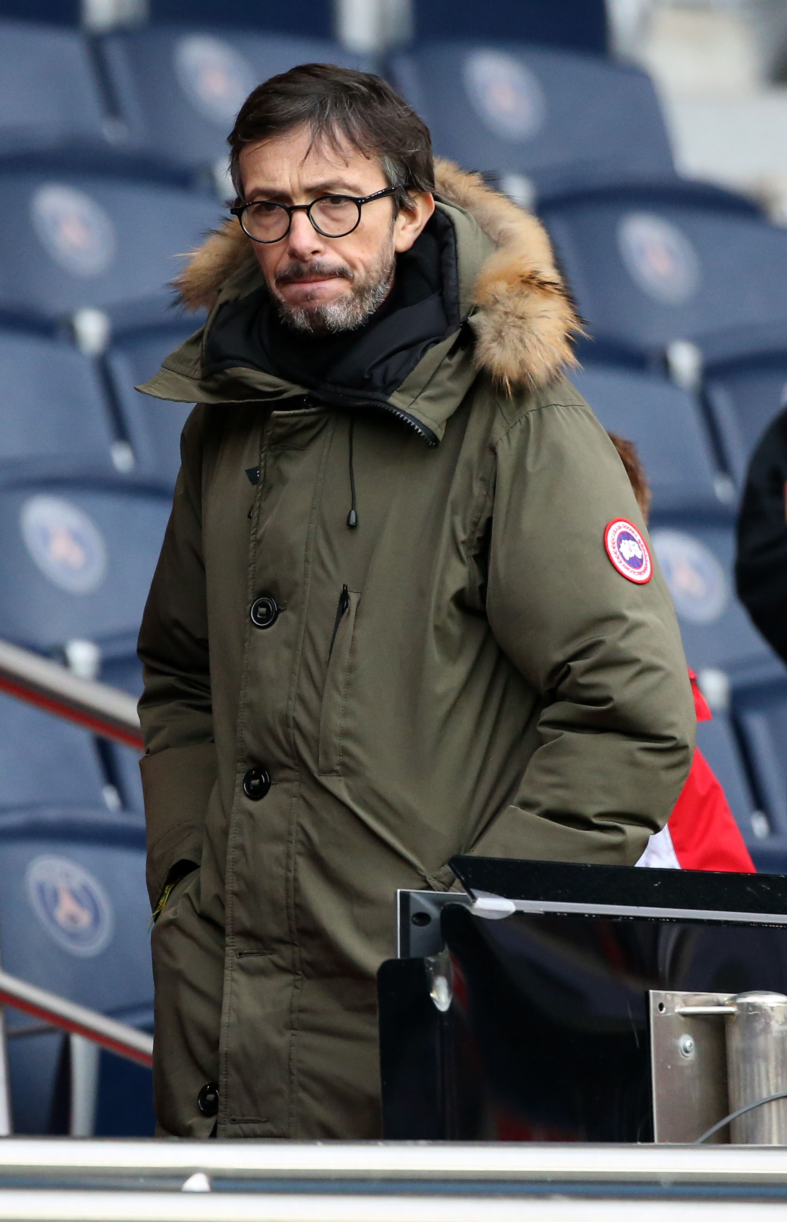 Florian Gazan assiste au match de Ligue 1 entre le Paris Saint Germain (PSG) et l'AS Nancy Lorraine (ASNL) au Parc des Princes le 4 mars 2017 à Paris, France. | Photo : Getty Images