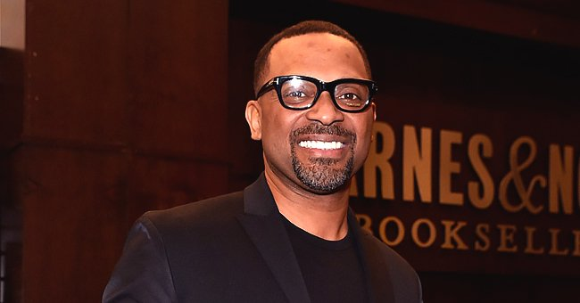 Mike Epps' Granddaughter Skylar Washes Car and Enjoys Swimming in Adorable Videos