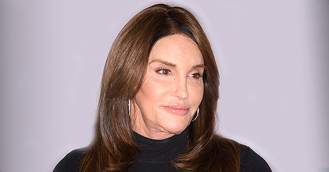 Caitlyn Jenner Goes Makeup Free while Chilling in a Pool during a Heatwave