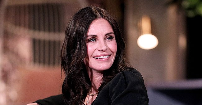 Courteney Cox Shares Video of Herself Trying out Viral 'Friends' Instagram Filter