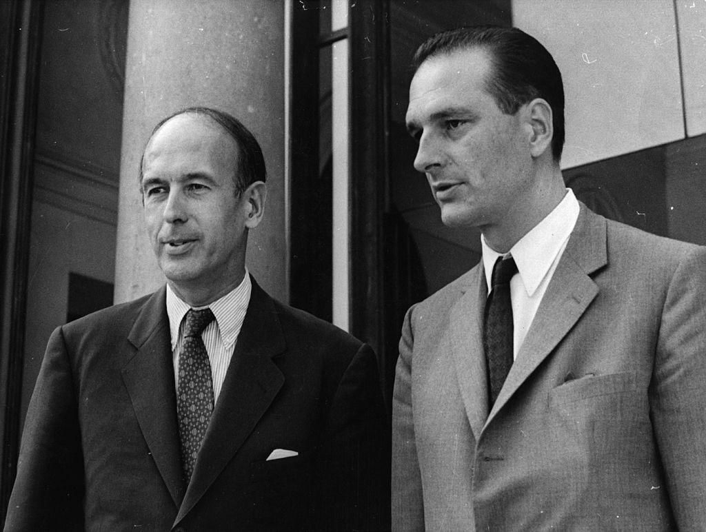 Jacques Chirac aux côtés de Valery Giscard D'Estaing. l Source : Getty Images