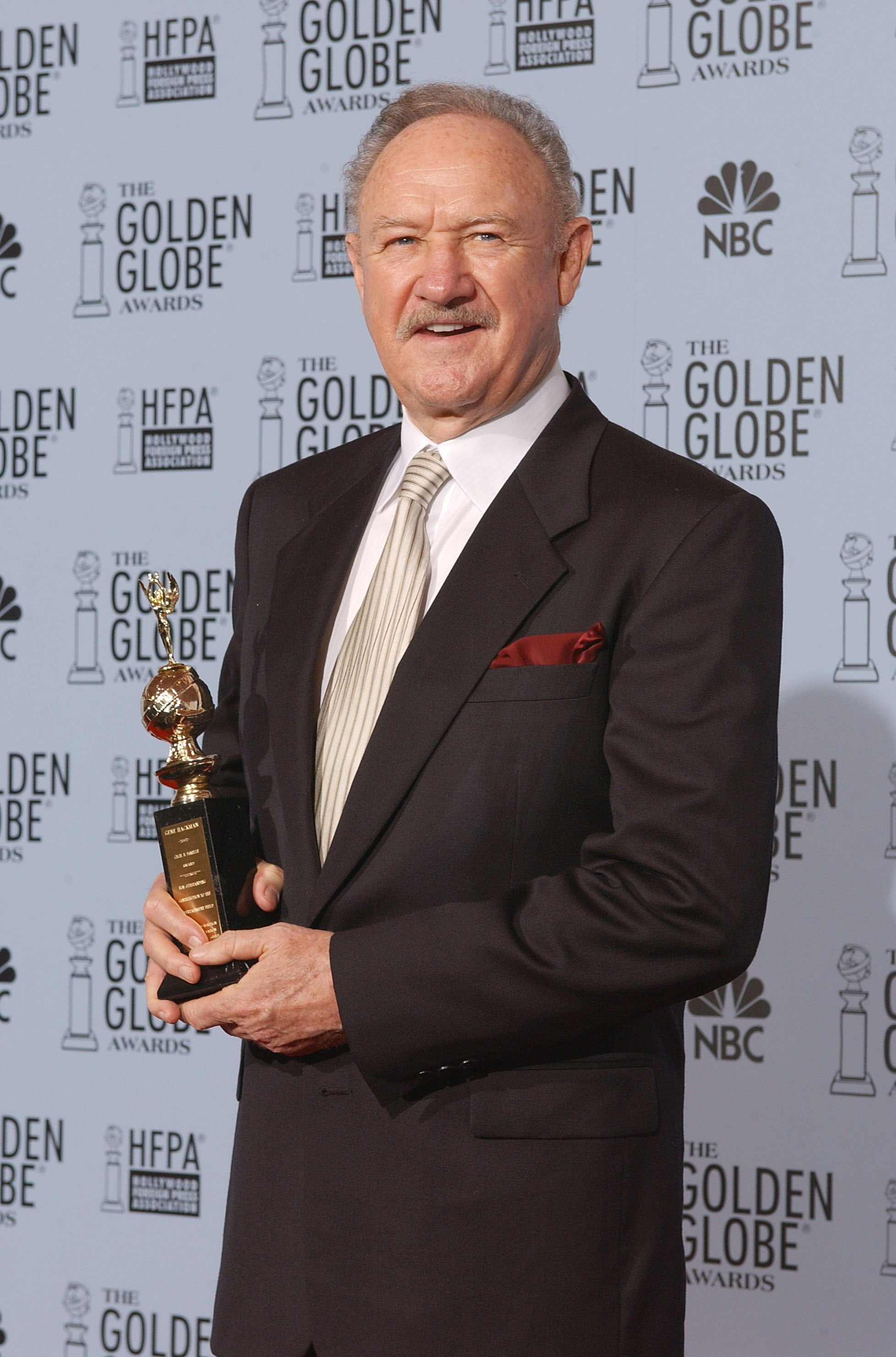 Gene Hackman after winning the Cecil B. DeMille Award at the Golden Globe Awards in 2003 | Source: Getty Images