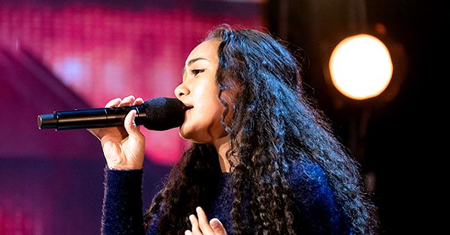 """Olina Loau, âgée de 15 ans, remporte le Golden Buzzer dans """" Australia's Got Talent """""""