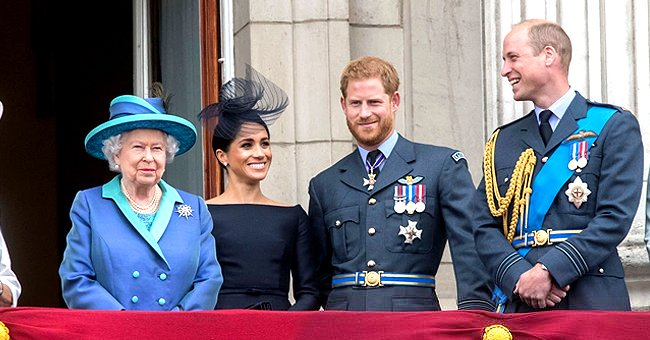 Royal Family Reportedly Taken by Surprise With Harry & Meghan's Public Pregnancy Announcement