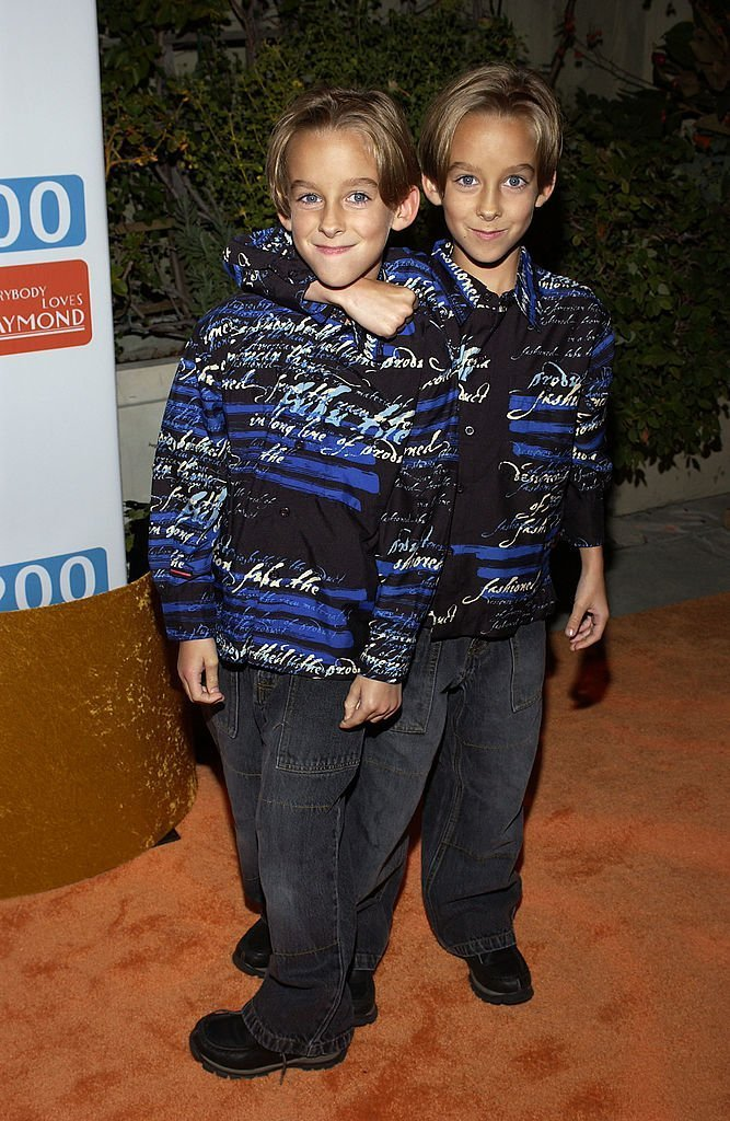 "Sawyer and Sullivan Sweeten arrive at the party celebrating the 200th Episode of ""Everybody Loves Raymond"" 